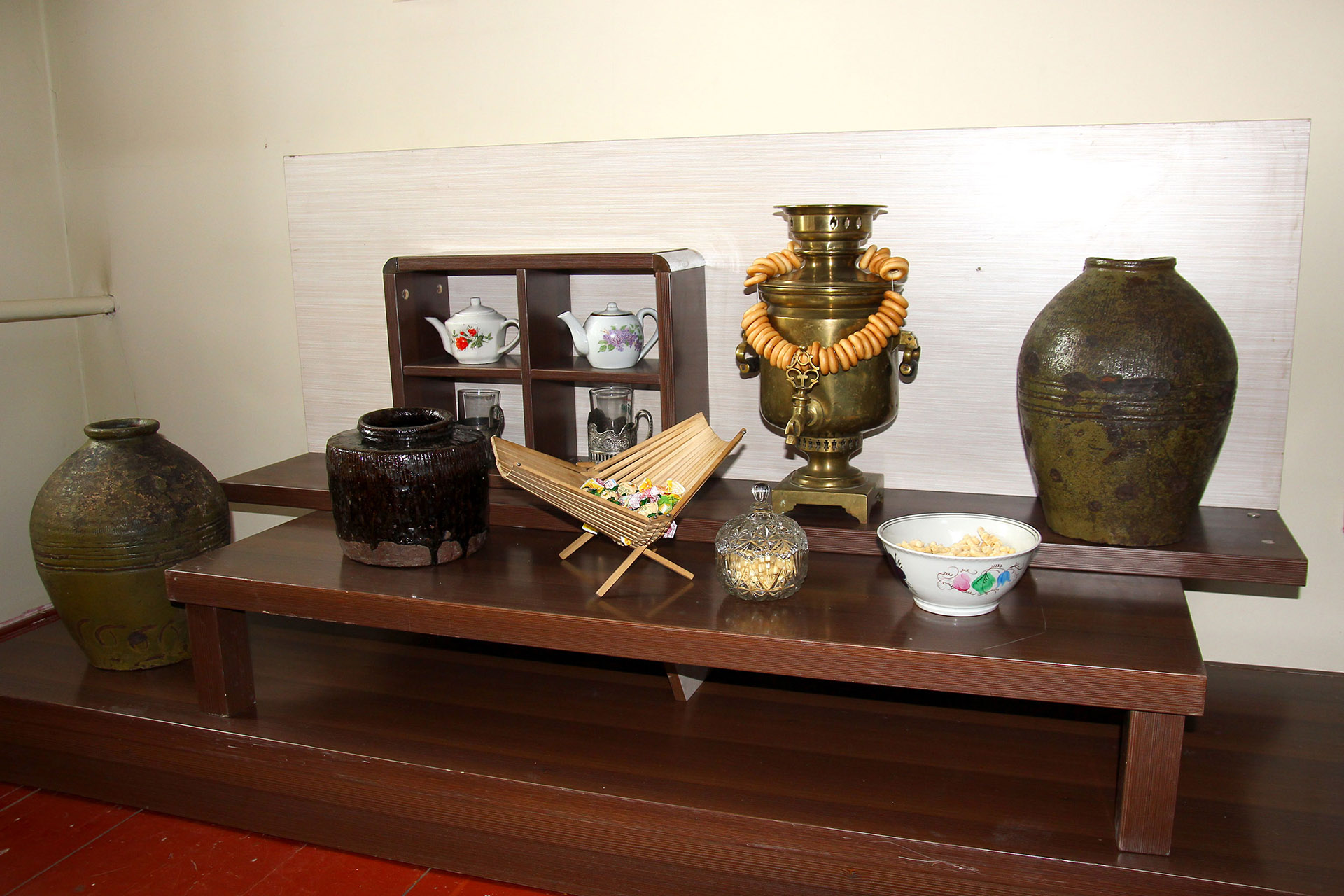 В залах музея Рериха
